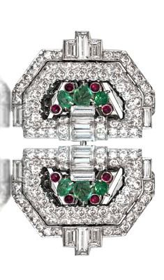 AN ART DECO EMERALD, RUBY AND DIAMOND DOUBLE CLIP BROOCH, CIRCA 1925