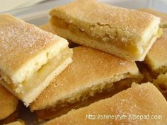 asian dessert recipe, ricotta cheese dessert recipes, quick dessert recipes - Apple pie as a slice - am making it today with the apples and blackberries I collected from the roadside in Tasmania last week Apple Cake Recipes, Fruit Recipes, Sweet Recipes, Baking Recipes, Dessert Recipes, Mini Pie Recipes, Quick Dessert, Apple Desserts, Bar Recipes
