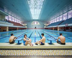 """La misteriosa Pyongyang tra architettura sovietica e abitudini d'altri tempi. by Raphael  Olivier Il fotografo francese Raphael Olivier, ha realizzato una serie di scatti intitolata """"Pyongyang vintage socialist architecture"""", in cui ci racconta la capitale della Corea del Nord. Una città in cui v #fotografia #architettura #nordcorea"""