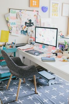 Work Space :: Studio :: Home Office :: Creative Place :: Bohemian Inspired :: Free your Wild :: See more Boho Style Design + Decor Inspiration Home Office Chairs, Office Workspace, Office Decor, Interior Office, Workspace Inspiration, Room Inspiration, Home And Deco, Home Office Design, Modern Room