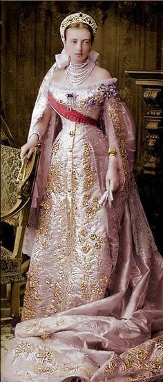 Vestido oficial de los Romanovs