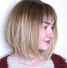 Bangs or no bangs Our stylist reveals the best types of bangs for thin hair and shows flattering haircuts and hairstyles with fringe for thin  fine hair. Haircuts For Thin Fine Hair, Bob Haircut For Fine Hair, Curly Hair With Bangs, Haircuts With Bangs, Bangs Updo, Extensions For Thin Hair, Fringe Haircut, How To Cut Bangs, Short Hair Styles Easy