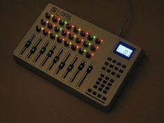 Customized M-Audio Evolution UC-33e midi controller