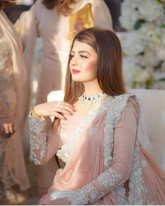 Latest Pakistani Bridal Sarees For Weddings in 2019 Pakistani Bridal Dresses, Wedding Dresses For Girls, Pakistani Dress Design, Bridal Sarees, Designer Sarees Wedding, Designer Party Wear Dresses, Designer Wear, Party Dresses, Fancy Dress Design