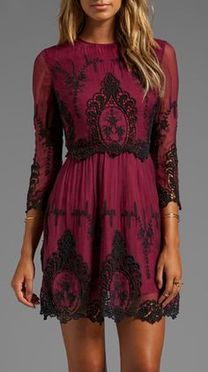 Burgundy lace... so pretty!