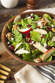 7 Recipes for a Healthy Thanksgiving Menu - DanetteMay Cranberry Walnut Salad, Apple Walnut Salad, Clean Eating Recipes, Healthy Eating, Healthy Recipes, Apple Salad Recipes, Herb Butter, Thanksgiving Menu, Plant Based Diet