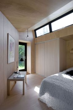 This minimalistic guest house by Danish architect Martin Kallesø is situated in a large summer cottage area in Præstø on the Interior Architecture, Interior And Exterior, Interior Door, Backyard Guest Houses, Backyard Cottage, Interior Decorating, Interior Design, Prefab Homes, Small Spaces