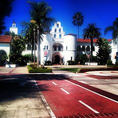 "@louise91hansson's photo: ""My beautiful school! I'm on set of Bring It On """