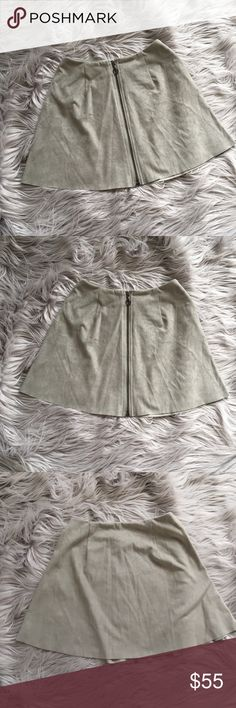 Vero Moda Gray Mini Skirt • NO trades. I am just looking to sell. • I do not accept any forms of payment outside of the Poshmark app. • My prices are firm; however, I offer a discount on bundled items at all times. • This is a pet friendly home. I have two beautiful Siberian kitties. • For sizing references, I am 5'2 and roughly 115 pounds. My bust is 32C. • Thank you for shopping my closet. Please enjoy! 🌻   Zip front mini skirt, NWT. Vero Moda Skirts Mini