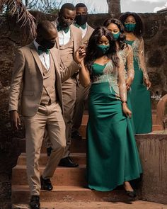 HOW TO WEAR AFRICAN BRIDESMAID DRESSES IN 2021? African Bridesmaid Dresses, Bridesmaid Dress Styles, Shweshwe Dresses, African Dress, Traditional Wedding, Timeless Fashion, Bridal, How To Wear, Fashion Trends