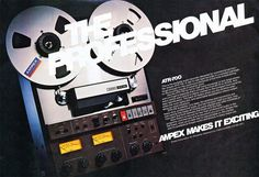 A selection of classic reel to reel tape recorders. Cassette Recorder, Tape Recorder, Vintage Market, Vintage Ads, Cd Audio, Vacuum Tube, Audiophile, Classic, Studio