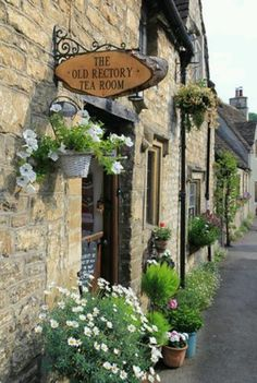 The Old Rectory Tea Room, Castle Combe.  The building which once housed the rectory was constructed in 1400.