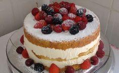 Kroger MyMagazine - The Elegant Naked Cake Food Cakes, Cupcake Cakes, Bolo Neked Cake, Bolos Cake Boss, Sweet Recipes, Cake Recipes, Baker Cake, Berry Cake, Gateaux Cake