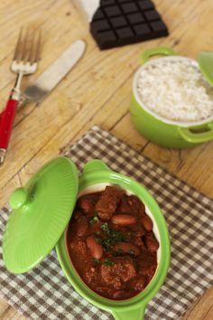 Cinco Quartos de Laranja: Chili de carne com chocolate