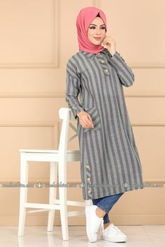 Weximan - Welcome Hijab Fashion Summer, Abaya Fashion, Muslim Fashion, Fashion Outfits, Casual Hijab Outfit, Hijab Dress, Top Casual, Hijab Fashionista, Salwar Designs
