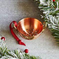 SUR La TABLE Copper Colander Kitchen Utensil Pasta Vegetables Ornament Xmas