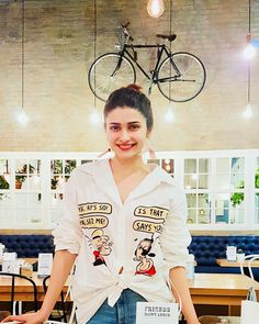 3.5m Followers, 3,380 Following, 383 Posts - See Instagram photos and videos from Prachi Desai 🦄👩🏻🎤 (@prachidesai) Bollywood Actors, Bollywood Celebrities, Prachi Desai Hot, Western Dresses For Girl, Brunch Outfit, College Outfits, Timeless Beauty, All About Fashion, Indian Actresses