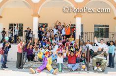Video grabado durante la entrega de juguetes por el Centro Universitario Luis Donaldo Colosio Murrieta en el día del…... Encuentra mas fotos en FotoPex.com