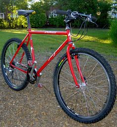 Steel is real. I had a Rockhopper Comp that looked very similar to this, except it had Rapidfire shifters. Thumbies are still my faves. Surly Bike, Mtb Bike, Mountian Bike, Mountain Bicycle, Vintage Cycles, Vintage Bikes, Retro Bike, Old Bicycle, Specialized Bikes
