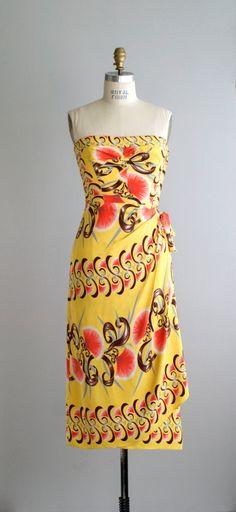 Surf 'n' Sand vintage Hawaiian dress, wonderful print