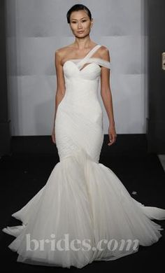 Mark Zunino MZBF47: buy this dress for a fraction of the salon price on PreOwnedWeddingDresses.com