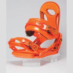 RK30 2013: Die neue RK30 von Flux zieht dich ab jetzt nur noch in den Park. Die Genetic Base wurde von Ridern umfangreich getestet und optimiert. Der innere Teil der Baseplate ist nun dünner. Man spürt das Board besser unter den Füßen und bekommt ein besseres Fahrgefühl, wenn du die Rails und Boxen bewältigst. Die Performance Blend 30 macht die Bindung zudem sehr flexibel und strapazierfähig. Das neue Footbed sorgt für mehr Stabilität.