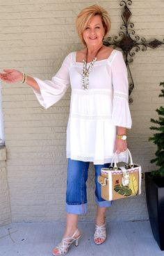 Over fashion over fifty, over 50 womens fashion, fashio Fashion Over Fifty, Fashion For Women Over 40, 50 Fashion, Plus Size Fashion, Fifties Fashion, Fifties Style, Fashion Brands, Fashion Videos, Fashion Websites