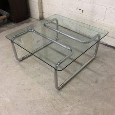 Table Furniture, Cool Furniture, Furniture Design, Mid Century Coffee Table, Interior Decorating, Interior Design, Modern Materials, Furniture Inspiration, Mid Century Design