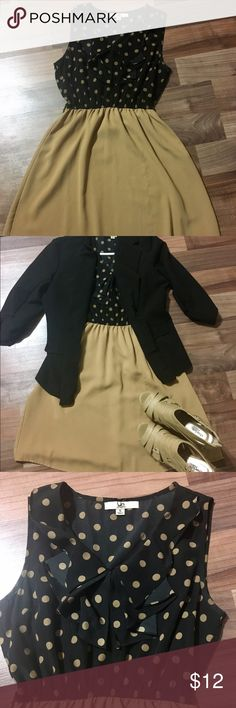 Size S Dress Purchased on Poshmark, and is a little too small. Super cute dress with some flare. Jacket and shoes also for sale, so check out my closet! 20% off bundle with purchase of 2+ items! ❤ 30% OFF THIS WEEKEND ONLY! Dresses Midi