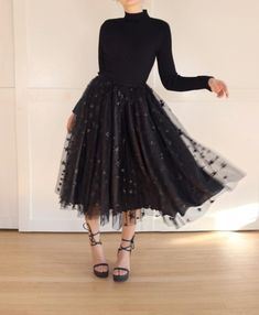 Stars in Her Eyes Skirt - Outfit Ideen Modest Dresses, Fall Dresses, Pretty Dresses, Pretty Outfits, Beautiful Dresses, Cute Outfits, Prom Dresses, Wedding Dresses, Skirt Outfits