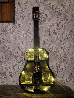 Guitar Shelf, Guitar Tutorial, Studio Room, Bar, Bottle Crafts, Miniatures, Shelves, Interior, Room Ideas