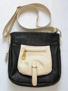 Steve Madden Black Off White Crossbody Bag Gold Tone Hardware Color Block