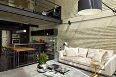 Diego Revollo is an interior designer based in São Paulo, Brazil who has recently completed the design of a loft-style apartment. This 100 square meter lof