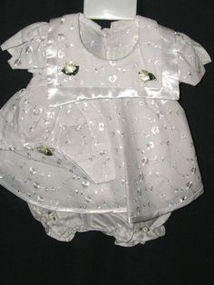 DRESS HAPPY WORLD DRESSES SZ L LARGE  WHITE DRESSY NICE our store link http://stores.ebay.com/store4angels?refid=store come see our store front always have great sales