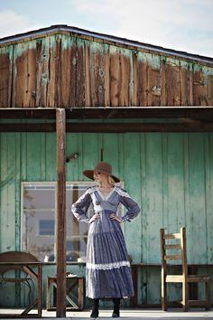 Get the look: Vintage Gunne Sax Dress, Matador Hat Cowgirl Dresses, Cowgirl Outfits, Cowgirl Clothing, Cowgirl Chic, Cowgirl Style, Vintage Cowgirl, Gypsy Cowgirl, Star Fashion, Boho Fashion