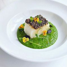 | Sesame Crusted Codfish • Baby Spinach Purée • Droplets Of Chili Infused Oil | By the amazing @snowcology_
