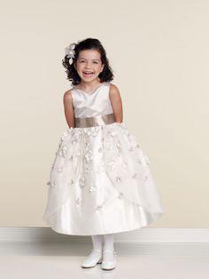 A-line tea-length organza dress for flower girl=