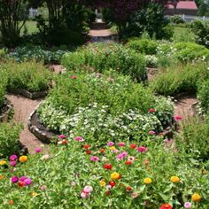 The Hermitage's gardens are beautiful inspiration for your own landscaping! #Nashville #History #Museum