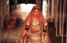Vestido-de-noiva-Indian-Bridal-Fashion-Week