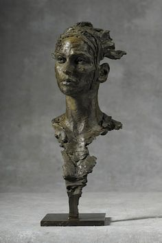 Christophe Charbonnel Eurydice III - Bronze, 36 x 15 x 15 cm 2013_CC_EurydiceIII_l2.jpg (426×640)