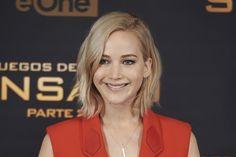 Jennifer Lawrence diz que não faz questão de se casar, mas com certeza quer ser mãe >> http://glo.bo/1O70RHx