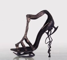 74afefa996 3D Printed sole and heel shoes Funky Shoes, Weird Shoes, Crazy Shoes, Dream