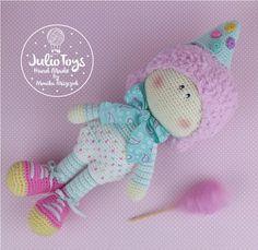 crochet doll, crochet clown, crochet clown by Julio Toys
