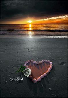 Splash of Colour Beach Heart, Happy Evening, Splash Images, Good Morning My Friend, Heart Images, I Love Heart, Love Valentines, Romantic Things, My Sunshine