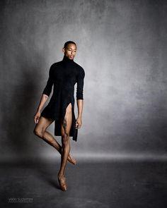 いいね!369件、コメント9件 ― Vikki Sloviter Photographyさん(@vikkisloviterphoto)のInstagramアカウント: 「Addison Ector of Complexions. #worldwidedance #dance_like_nobodys_watching #ballerinasofig…」