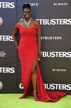 Of Course Leslie Jones Looks Flawless on the 'Ghostbusters' Red Carpet