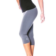 Grab yourself a bargain! Our Zavia capris currently on sale www.zaazee.co.uk/sale for more #sale #offer #discount #grey #capri #capris #leggings #legging #sportswear #gymwear #activewear #look #feel #comfort #style #performance #womenswear #fitting #brand #design #fashion #spring #fitness #fit #fitfam #fitnessmotivation #fitspo #fitnessmodel #fitgirl