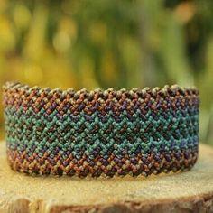 Handmade bracelet in macrame. Camino del Inca.