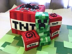 MINECRAFT Cake — Video Games & Characters