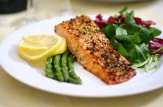 low carb meal | baked salmon w/ salad